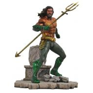 Toywiz DC Gallery Aquaman 9-Inch Collectible PVC Statue [Movie Version] (Pre-Order ships February)
